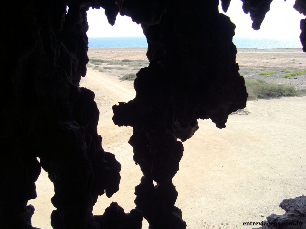ARUBA-Quadirikiri-cave-vista-dentro