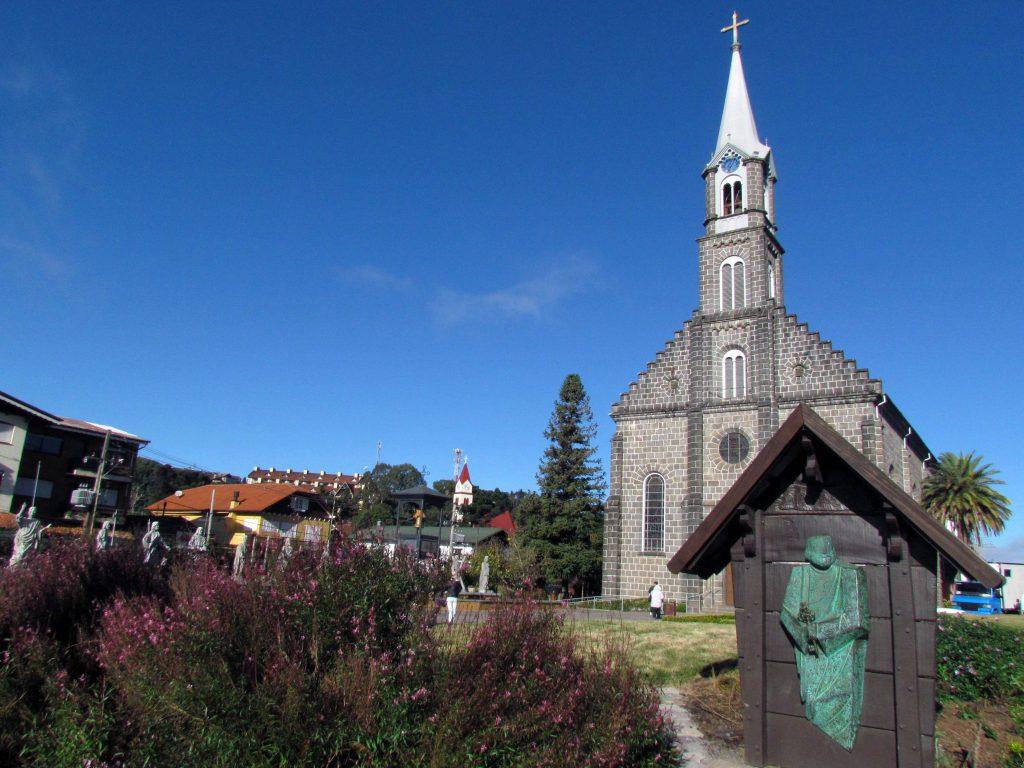 GRAMADO-Igreja-de-São-Pedro