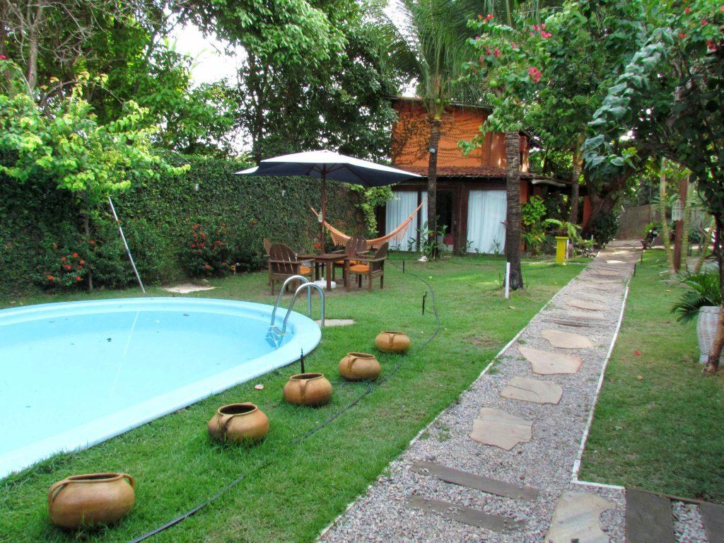 Pipa-pousada-lounge-piscina