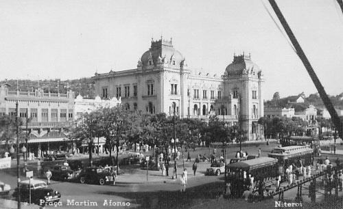 Praça-Martim-Afonso-em-1949