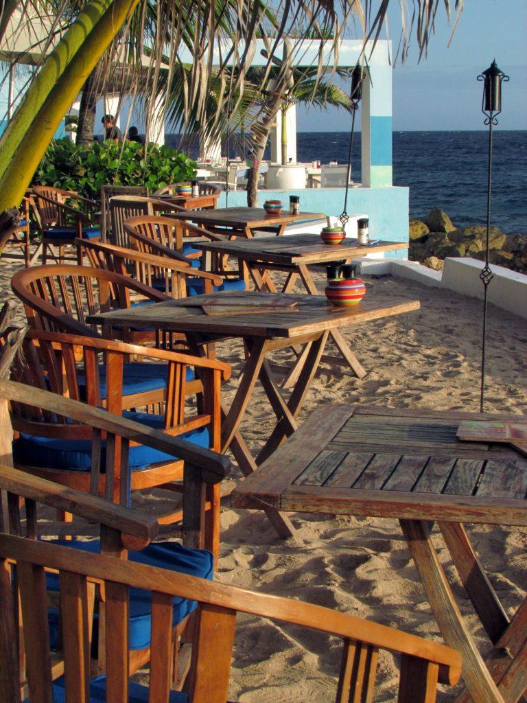 Curaçao-scubalodge&suites-restaurante
