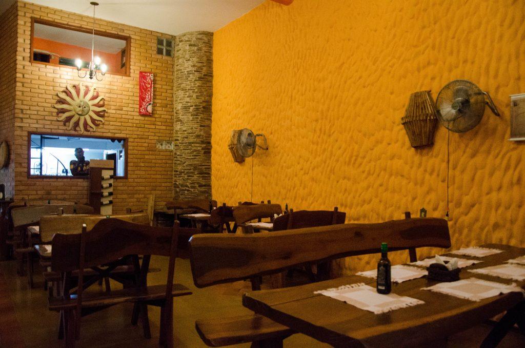 Ibitipoca-restaurante-serra-nostra-ambiente