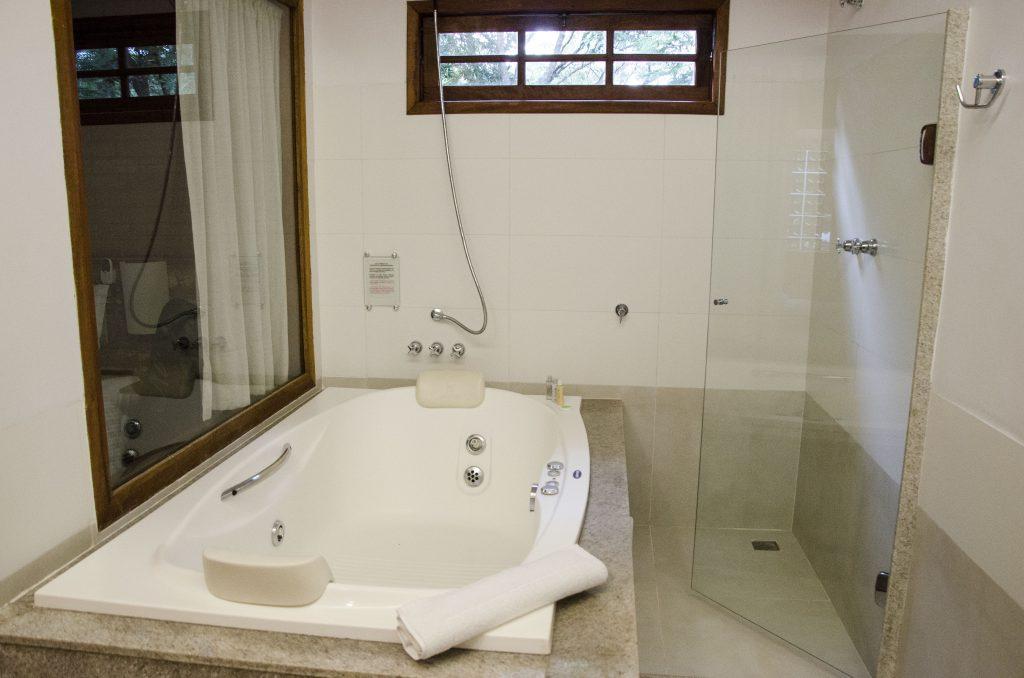serra-do-Ibitipoca-banheiro-hidro