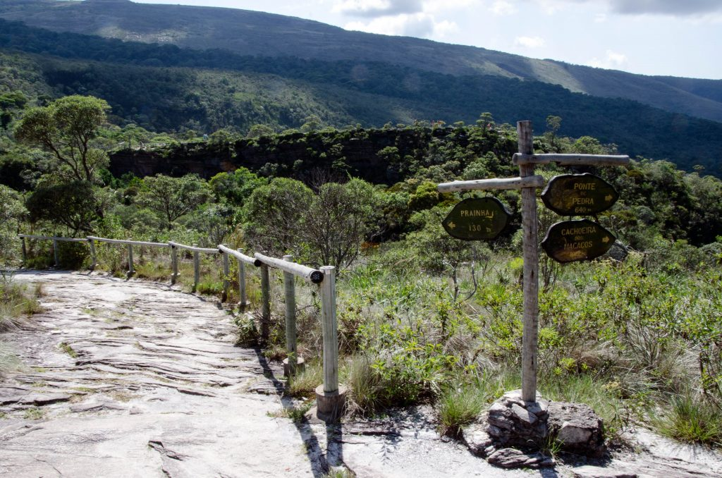 parque-Ibitipoca-placas-trilhas