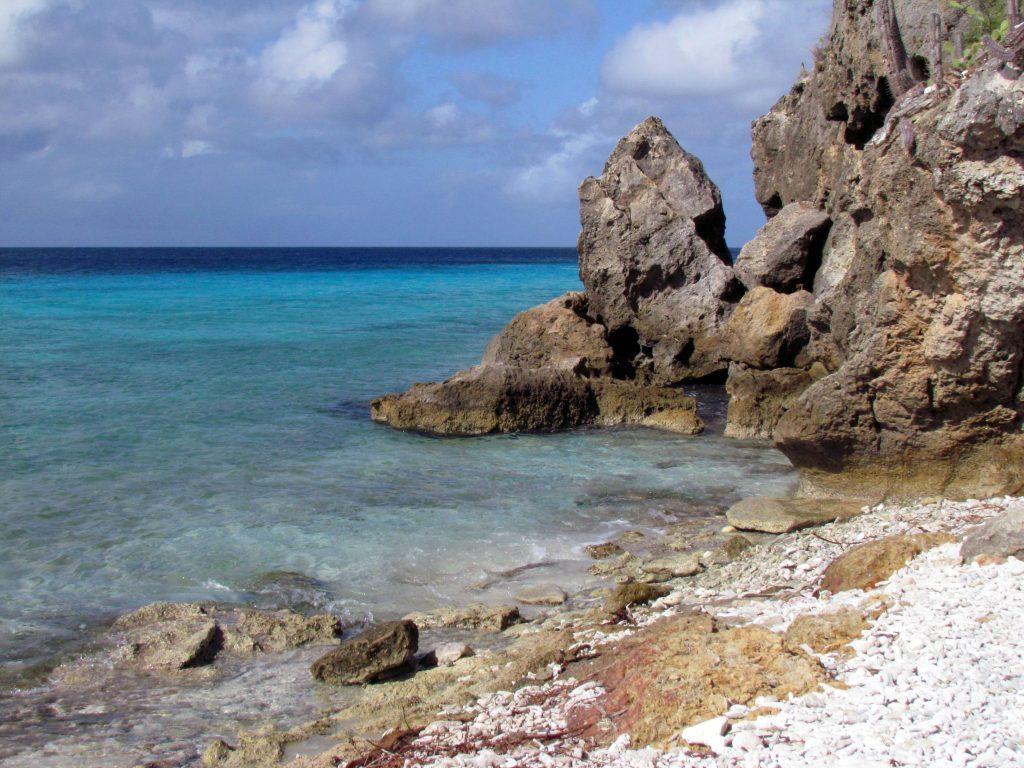 praias-de-Curaçao-cas-abao