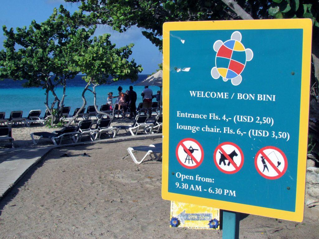 Praias-de-Curaçao-Porto-Mari