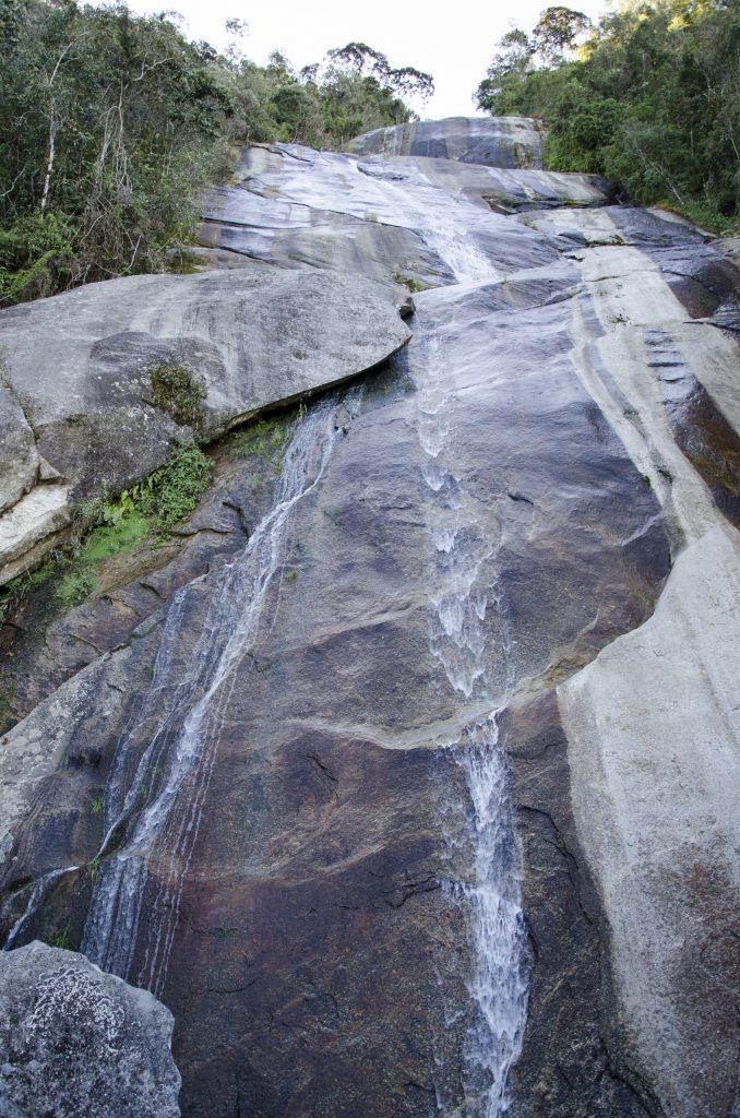 cachoeira-do-alcantilado